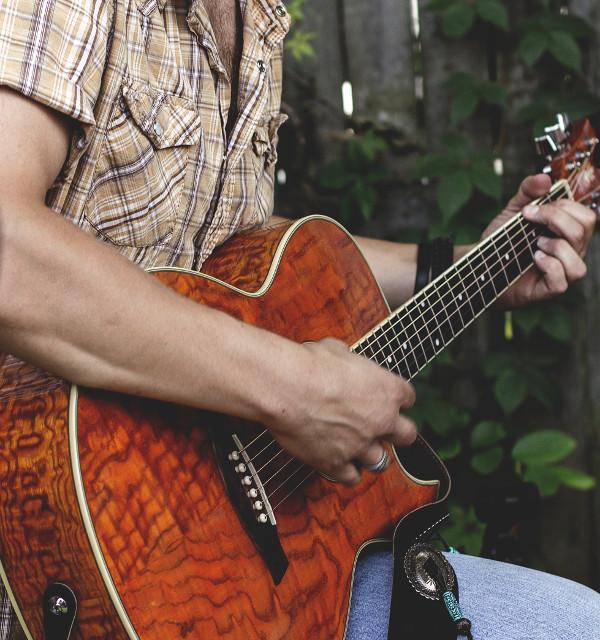 guitarist-brandon_wilson-crop_for_driven.jpg